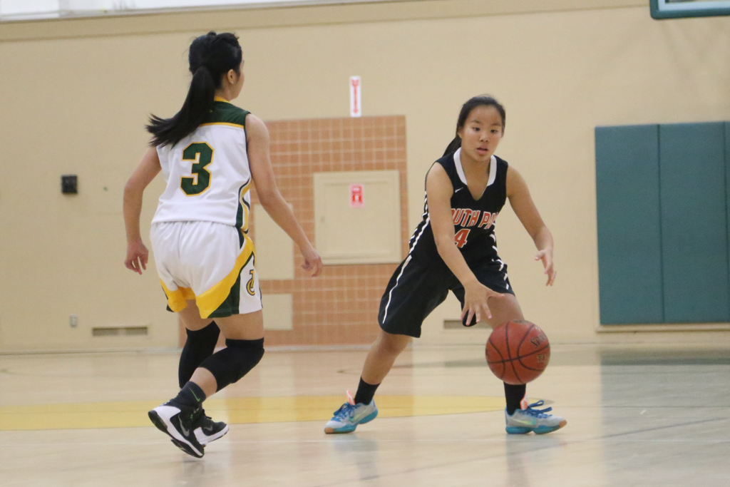 Girls' basketball loses a tight match to Temple City ...